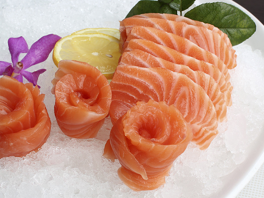 冰鲜三文鱼